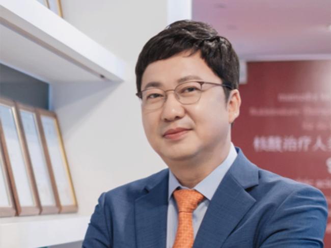 Dong-ki Lee, CEO, Olix