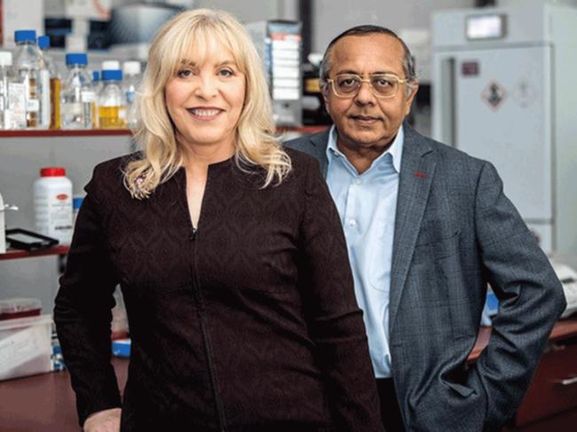 Jennifer MacDiarmid and Himanshu Brahmbhatt, co-founders and co-CEOs, Engeneic Ltd.