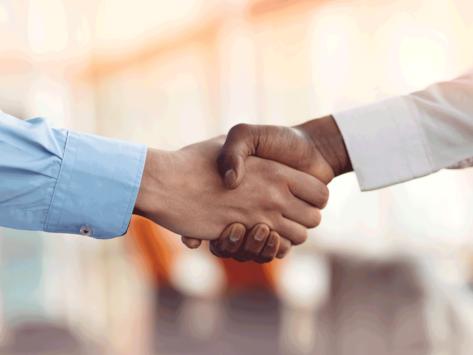Deal handshake black white