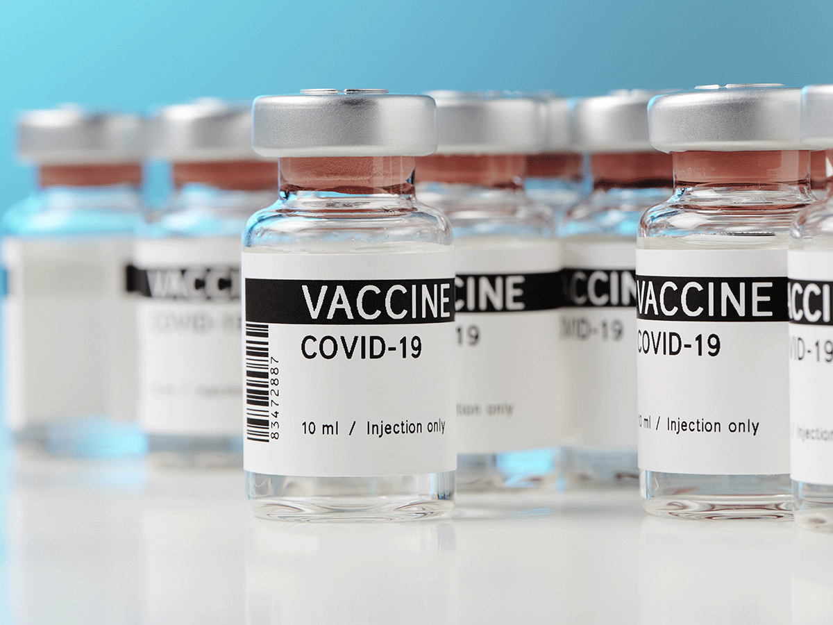 Moderna's CEO Says Its Coronavirus Vaccine Will Be ...   Vaccin Covid